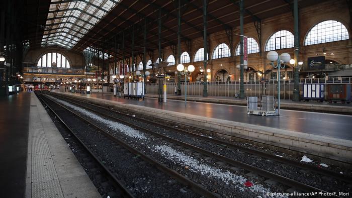 Frankreich Generalstreik | Gare du Nord, Paris (picture-alliance/AP Photo/F. Mori)