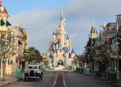 法国迪士尼乐园继续关闭 全球迪士尼无一确定重开时间