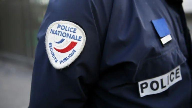 法国警员涉嫌防疫检查过于暴力致一名孕妇流产